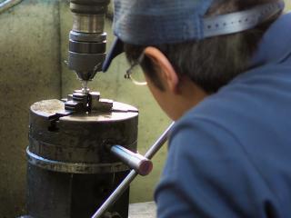 ヤマイチの個別受注生産。一品料理品の旋盤や汎用加工